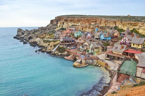 Esta fue la isla donde se rodó el musical en 1980 y decidieron dejarla así para atraer turismo.