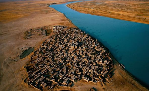¿Un oasis urbano en medio del desierto? Foto de Yann Arthus-Bertrand.