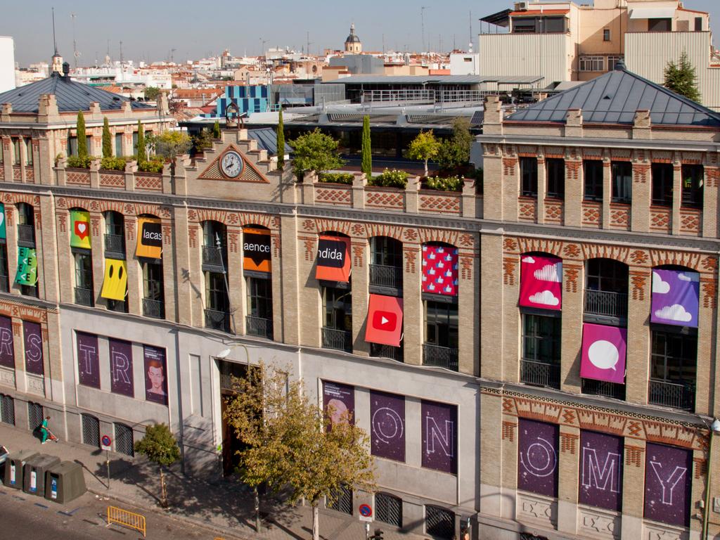 Un Día Entero Sin Salir De La Mejor Casa De Madrid La Casa