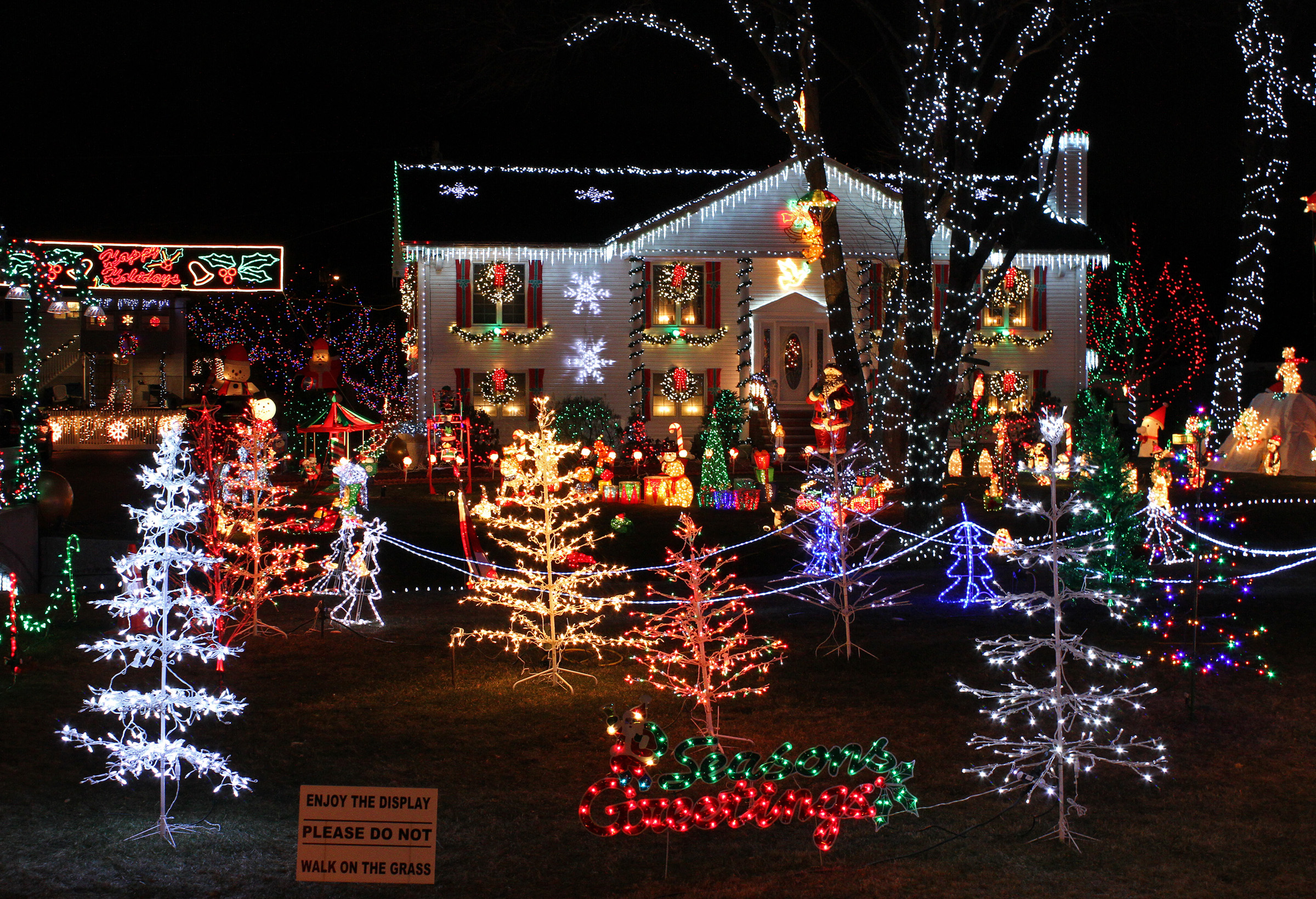 Christmas_Lights_house_display